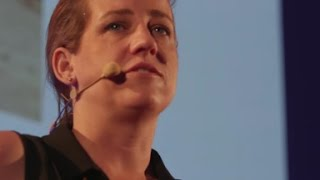 Download The Power of Pallets | Kate Fern | TEDxJCUCairns Video