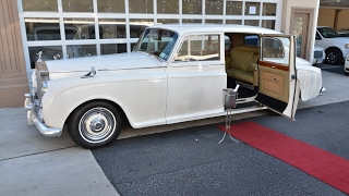Download 1959 Rolls Royce Phantom Antique limo Video