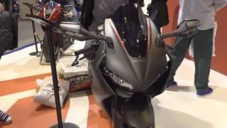Download 2017 Honda Fireblade CBR1000RR @ Motorcycle LIve 2016 Video