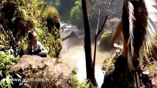 Download Cận cảnh chụp hình nữ thổ dân xinh đẹp Video