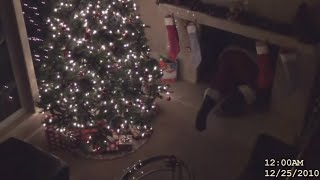 Download 5 SANTA CLAUSES CAUGHT ON CAMERA IN REAL LIFE Video