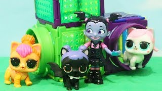 Download LOL Pets - Vampirina Finds Midnight's Dog - Family Fun Pretend Baby Doll Play With Toys and Dolls Video