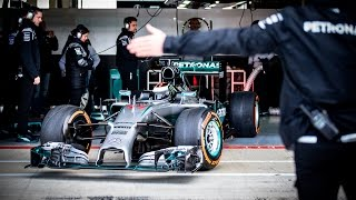 Download Jorge Lorenzo drives the MERCEDES AMG PETRONAS F1 W05 Hybrid Video