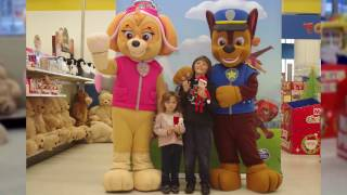 Download Elfie meets Paw Patrol Video