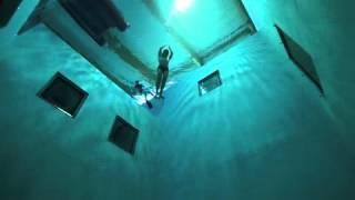 Download la piscina más profunda Video