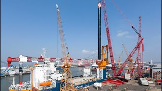 Download Liebherr - LR 13000 installing platform legs of the Aeolus in Bremerhaven Video