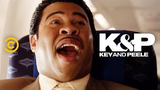 Download The Continental Breakfast Guy Goes on an Airplane - Key & Peele Video