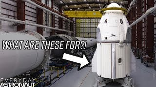 Download Why Does SpaceX's New Dragon 2 Have Fins On It? Video