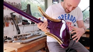 Download The CRAZIEST bass you've ever seen... and it was Prince's! Video