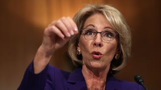 Download BETSY DEVOS: Guns in school protect against grizzly bears Video