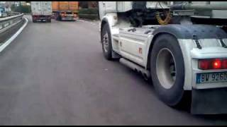 Download Scania 530 v8 che Rombo e ke Rumba!CARICO Video