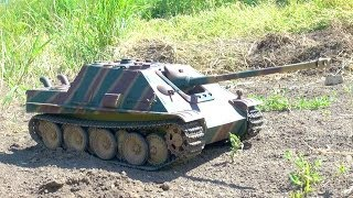 Download RC ADVENTURES - Jagdpanther Tank Destroyer on Patrol (Radio Controlled) Video