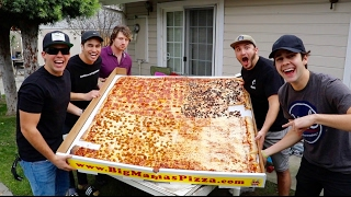 Download EATING THE WORLD RECORD PIZZA!! Video