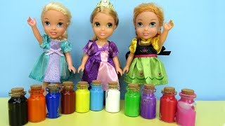 Download PAINTING ! Elsa and Anna toddlers play with Colors - footprints Video