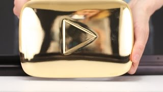 Download GOLD PLAY BUTTON - WHAT INSIDE? Video