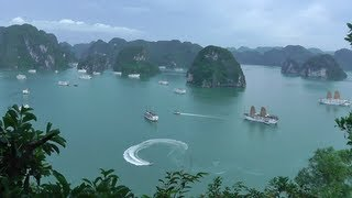 Download Traveling Vietnam: Hanoi to Halong Bay Video