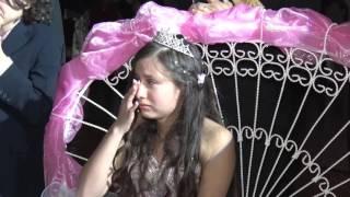 Download Madre canta a Quinceañera y hace llorar a todos Video