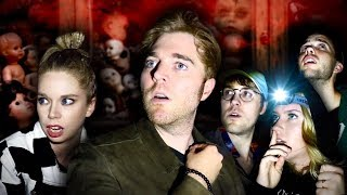 Download GHOST HUNTING IN A HAUNTED TOY STORE with GRAV3YARDGIRL Video