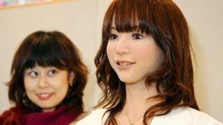 Download Japanese Robot Girl Can Do Anything For You! Video