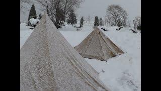 Download 女雪中ソロキャンプPart1 雪中ビールを飲んで焚火の準備 Video