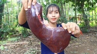 Download Yummy cooking Beef Liver with Chilly Pepper recipe - Cooking skill Video