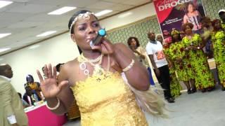 Download ANNE DROGBA : Dédicace 2017 Video