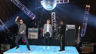Download Kevin Hart and Josh Gad Dance Off Video