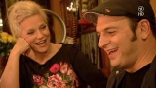 Download Inas Nacht #Episode 70 - Kaya Yanar, Jochen Busse, Silly, Alligatoah (21.12.2013) Video