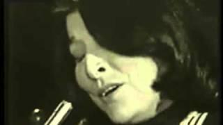 Download Mercedes Sosa-Alfonsina y el mar Video