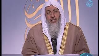 Download ما حكم رجل لا يصلي ويسب الدين ؟ | الشيخ مصطفى العدوي Video