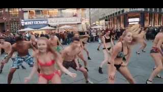 Download Summer Splash Bikini Flashmob // 11.11.2015 Stephansplatz Video