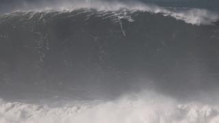 Download NAZARE XXL SURF: Justine Dupont Tow Surfing Praia Do Norte Video