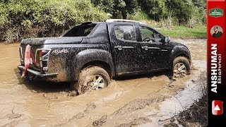 Download Isuzu V-Cross 4x4, Thar CRDe with MLD: Offroading in Mud Video