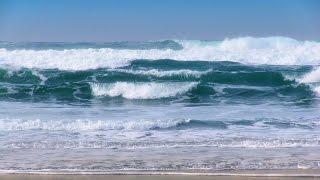 Download Breaking Waves - 1 Hour of Beautiful Pacific Ocean Waves in HD Video