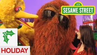 Download Sesame Street: I Want a Snuffy for Christmas Video
