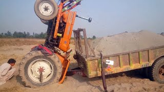 Download Tractor Accident NH Ghazi 65 hp / Rescue with Massey Ferguson 265 Video