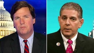 Download Tucker to sanctuary city mayor: Don't you believe in laws? Video