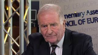 Download Sir Roger Gale calls on Italy 'not to put at risk the life of migrants and refugees' Video