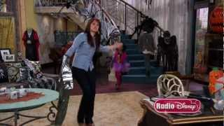 Download On the Set of ″Jessie″ with Debby Ryan and cast | Radio Disney Video