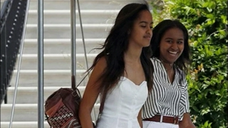 Download Malia Obama Why She's Loving Her New 'Normal' Life In NYC Working At Weinstein Video