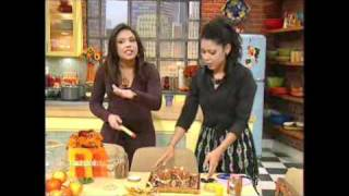 Download Evette Rios of Rachael Ray's Thanksgiving Entertaining Ideas Video
