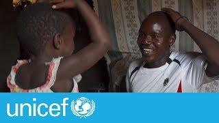 Download Meet a super dad at a refugee camp I UNICEF Video