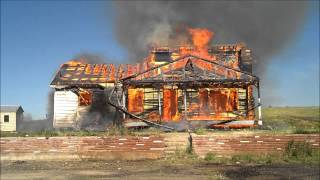 Download Watch a House Fire Burn Down in less than 2 Minutes. Fire Fighter Training. Time Lapse Video