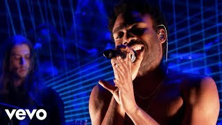 Download Childish Gambino - Redbone (Live From The Tonight Show Starring Jimmy Fallon) Video