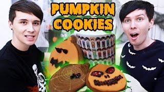 Download Halloween Baking - PUMPKIN SPICE PUMPKIN COOKIES Video
