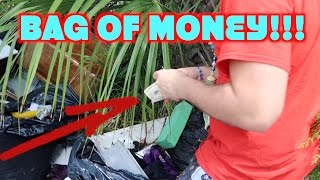 Download Finding Money While Dumpster Diving Video