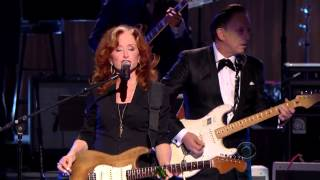 Download Bonnie Raitt, Tracy Chapman, Jeff Beck and Beth Hart - ″Sweet Home Chicago″ (2012) Video