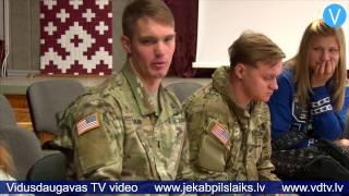 """Download Lekcijā """"Kā mēs sargājam Latviju?"""" Jēkabpilī viesojas arī karavīri no ASV Video"""