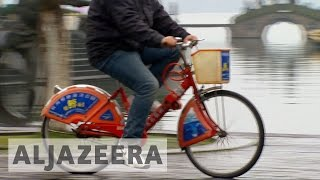 Download Bicycles make a comeback in China Video