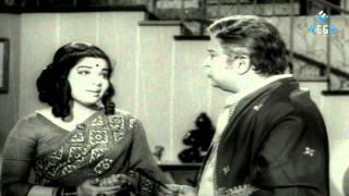 Download Suryakanthi Tamil Full Movie : Muthuraman, Jayalalitha Video